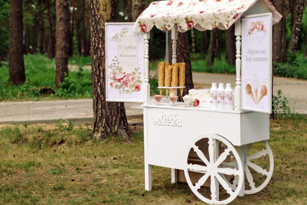 Wedding Cart Ice Cream
