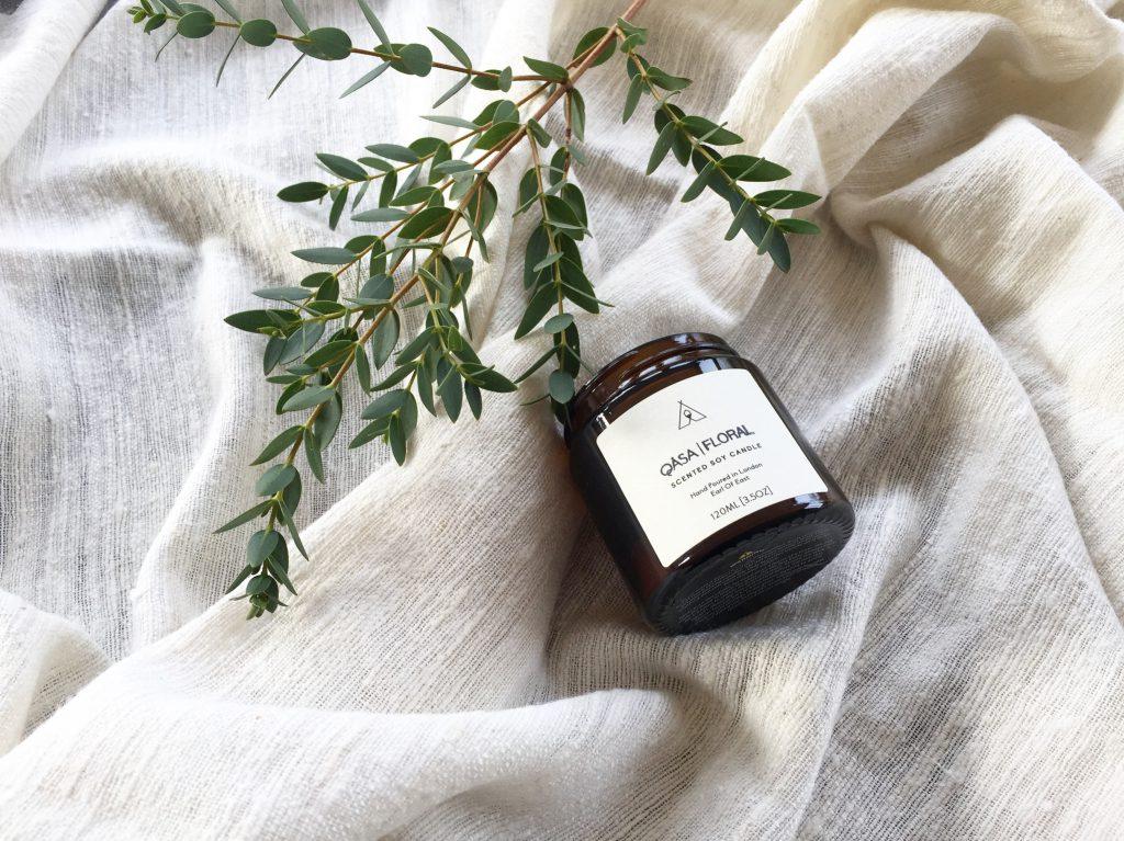Qasa Floral Ylang Ylang Bergamot and Gardenia Scented Candle