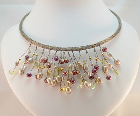 camber-and-kernz-coloured-pearl-necklace