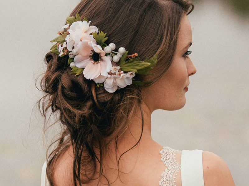 Artisan Wedding Trend Flower Comb