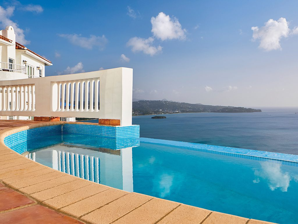 windjammer-landing-large-villa-pool
