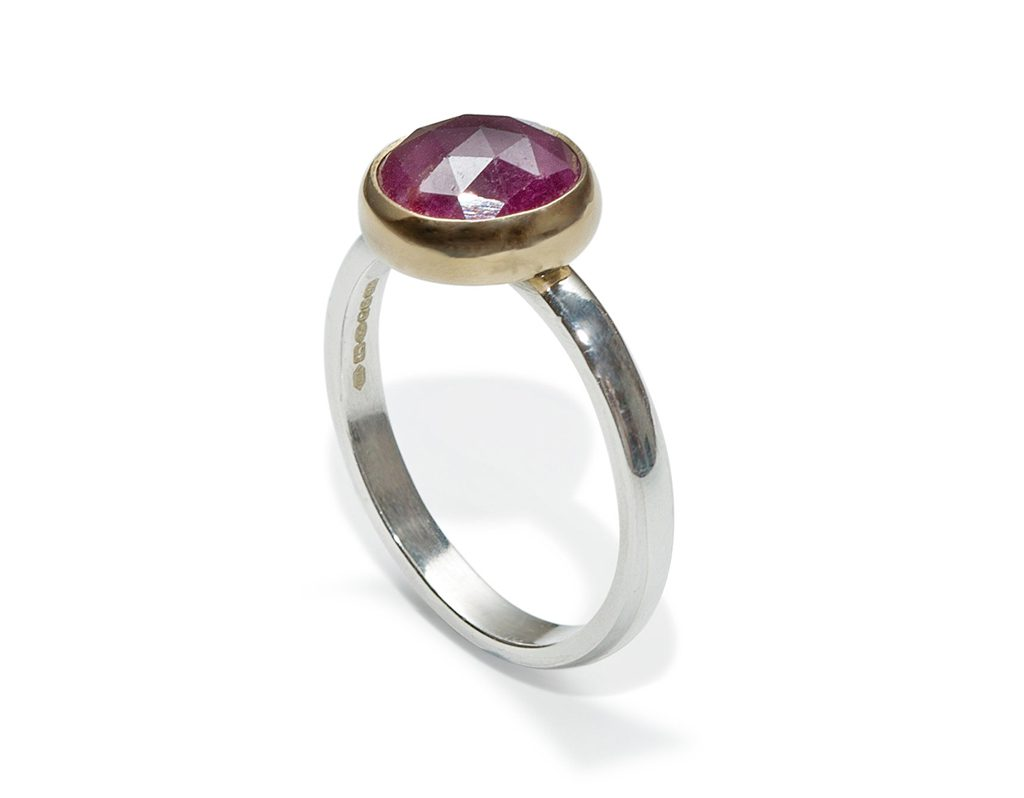 Macbeth Ring HNA Jewellery Ruby 9ct Gold
