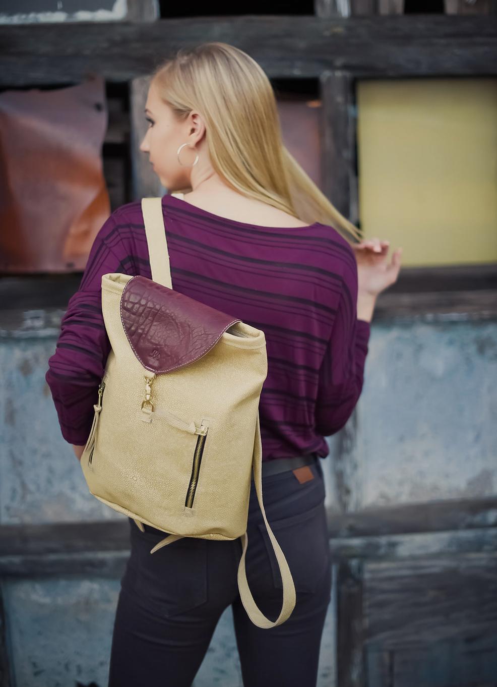 Sarah Backpack Blythe Leonard