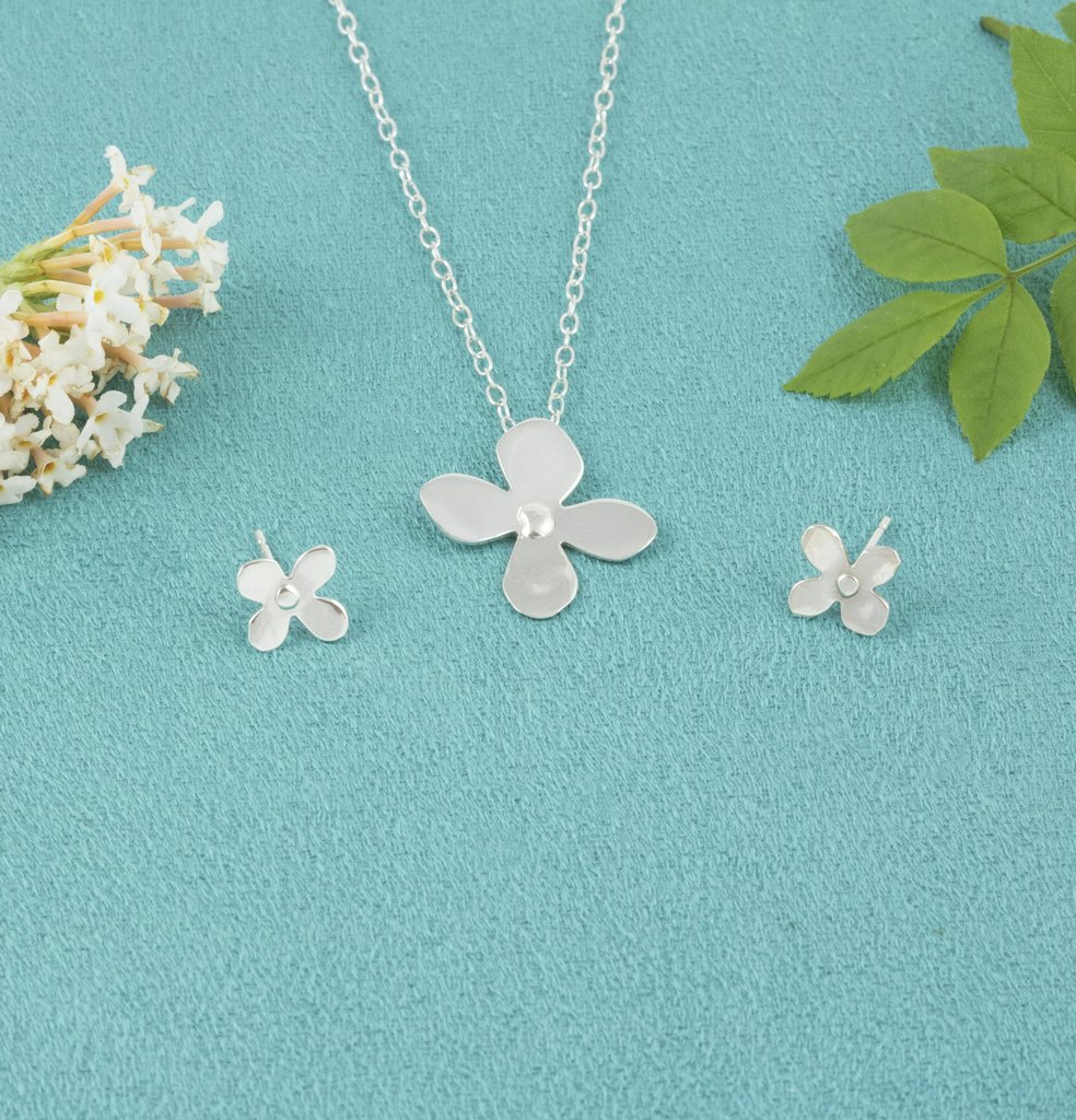 Sterling Silver Daisy Necklace and Daisy Stud Earrings