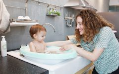 Sobble Cushioned Baby Bath Tub