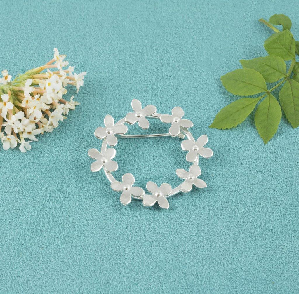 Silver Flower Garland Brooch