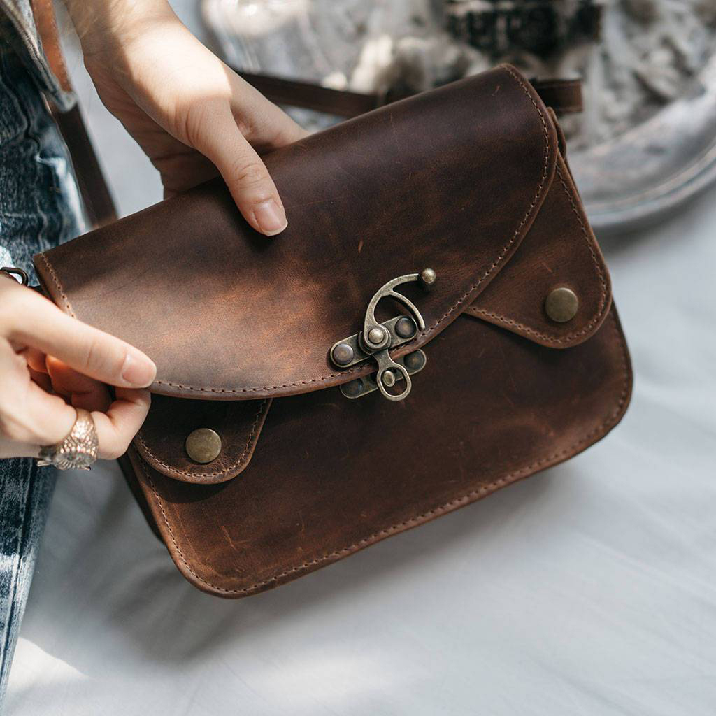 Brown Leather Cross Body Shoulder Bag