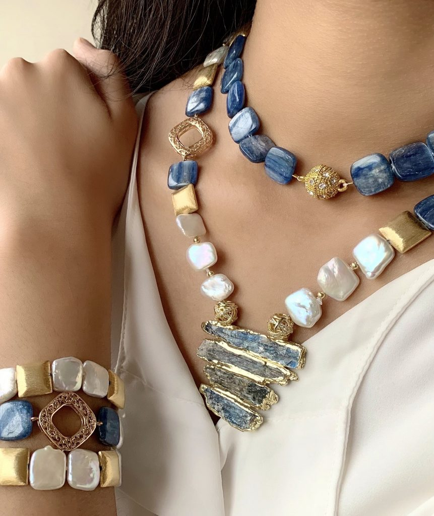 The Jewelry Palette Zara White Square Freshwater Pearl and Grey Blue Gemstone Necklace