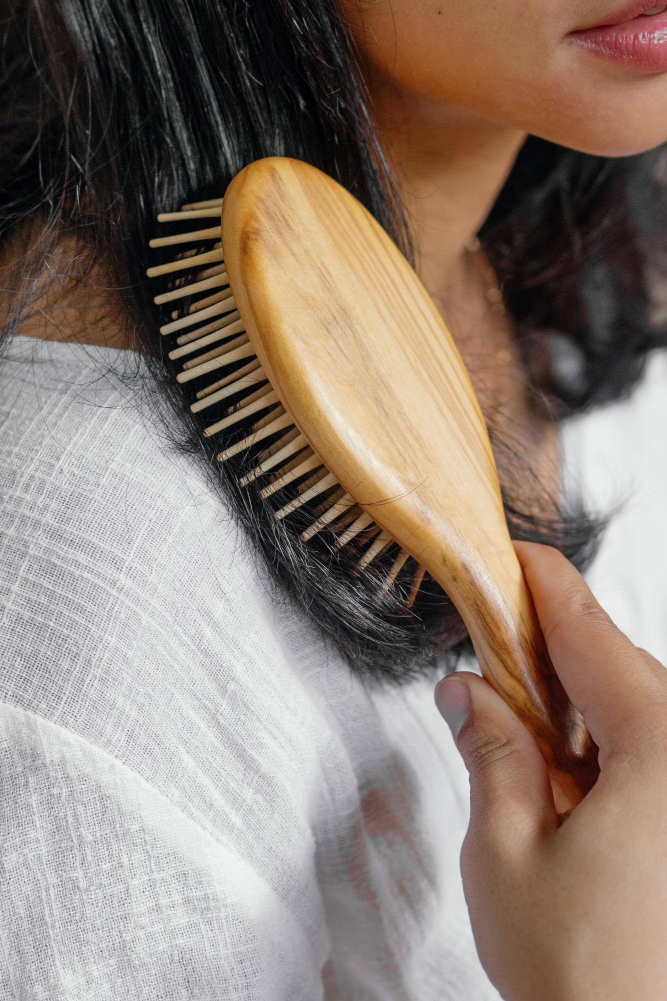 The Olive Brush Natural Wooden Hairbrush Anti-static SAYA Designs